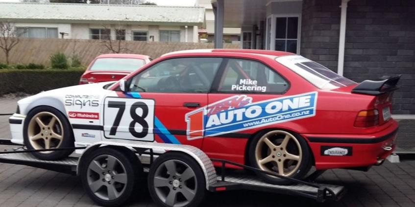 sponsorship Mike Pickering BMW